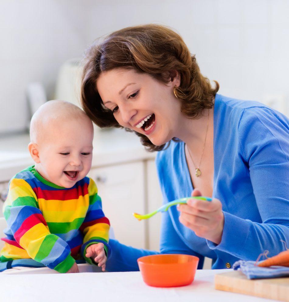 Yakadan Başlama Ajur Süslemeli Yaprak Desenli Bebek Çocuk Yeleği Yapımı. 1 . Yaş